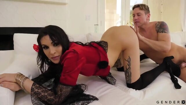 Transsexuals.. hd latin rimming