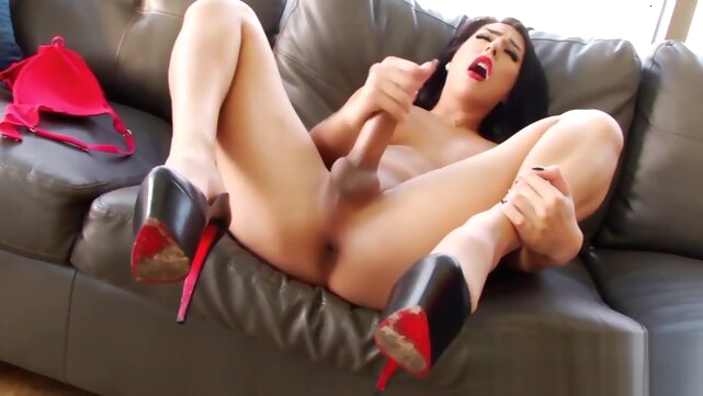 Beautiful Chanel.. big cock big tits cumshot