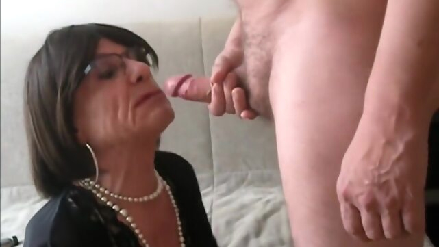 Mature Cd Deep.. amateur big cock crossdressing