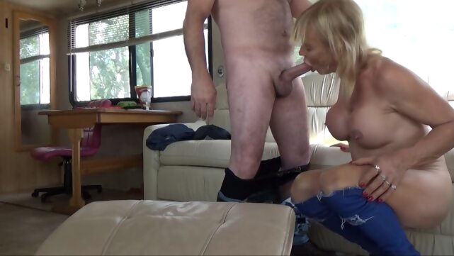 STEFANI BOOTS,.. big cock blowjob guy fucks shemale
